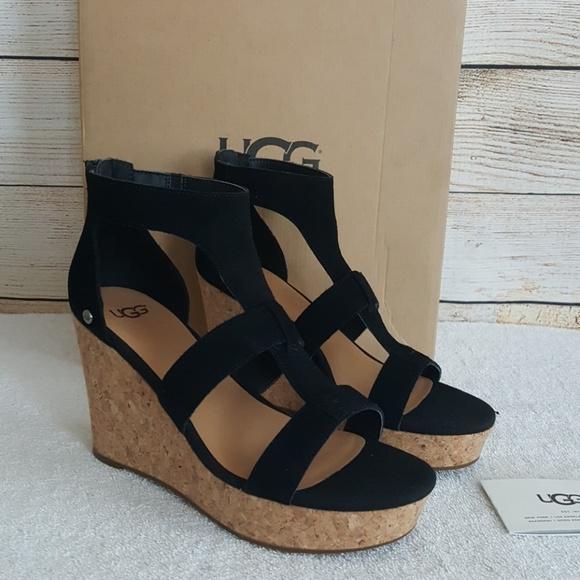04e67e5b9e3 New UGG Whitney Wedge Sandal NWT